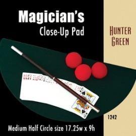 Magician's Half Circle Close Up Pad (Hunter Green) 17.25